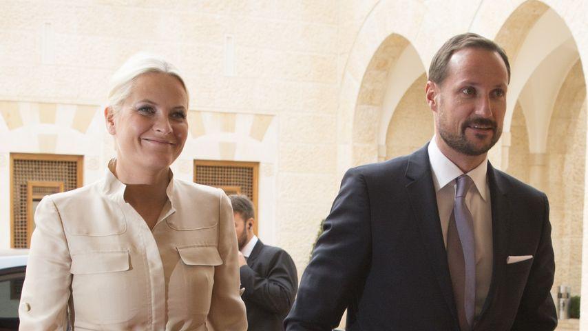 Mette Marit Haakon Millionen Skandal Aufgedeckt Promiflash De