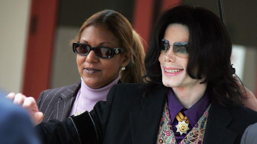 Michael Jackson mit Pressesprecherin Raymone Bain