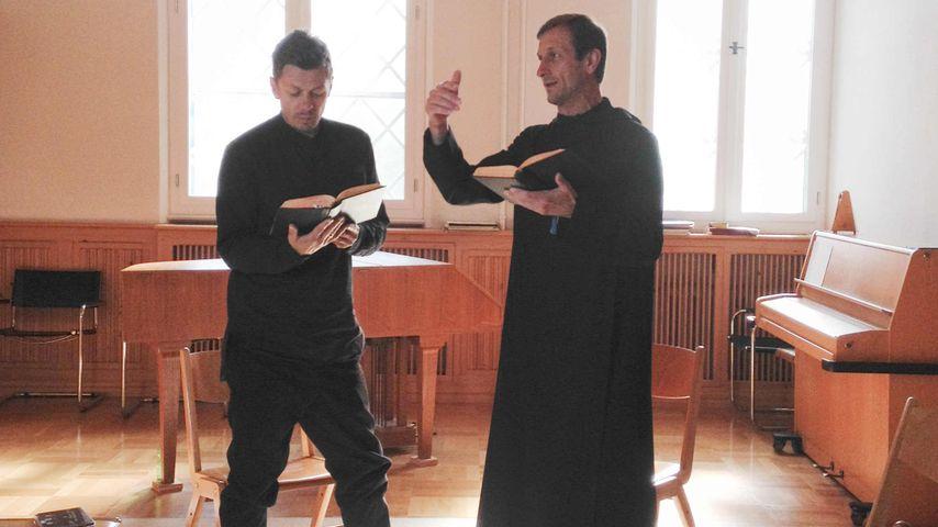 Mund zu! Michi Beck zieht für TV-Show in ein Schweigekloster