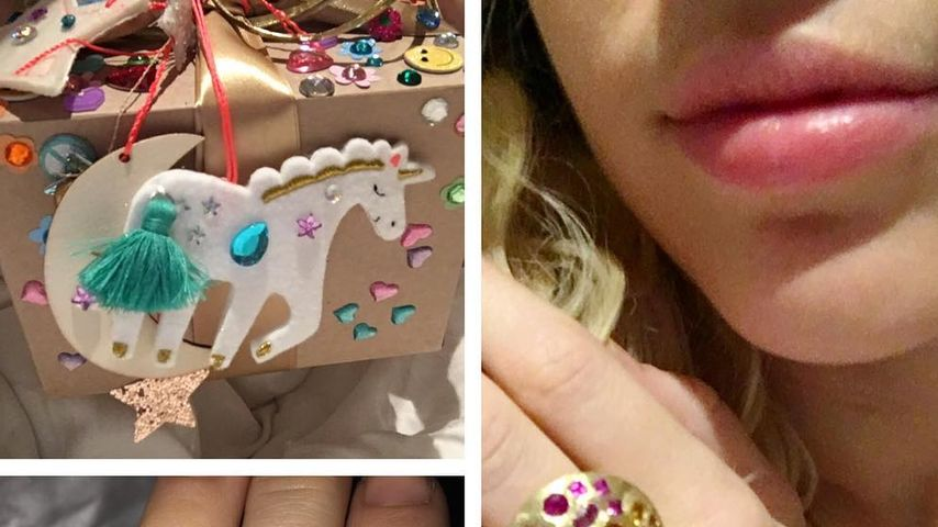 Miley Cyrus mit Geschenk von Liam Hemsworth