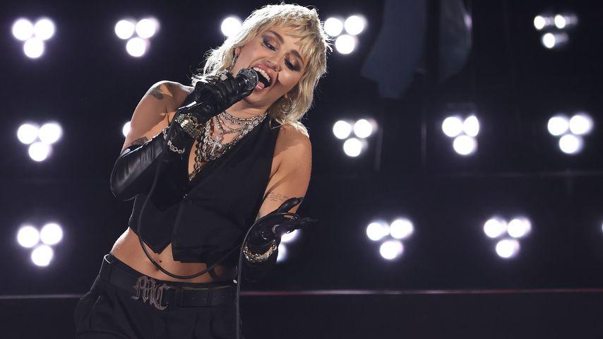 Miley Cyrus, 2021