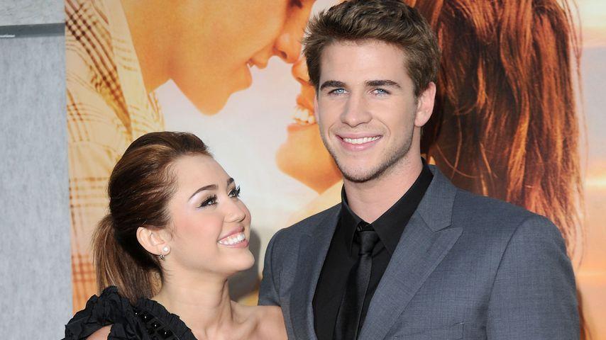 """Miley Cyrus und Liam Hemsworth bei der """"The Last Song""""-Premiere 2010"""