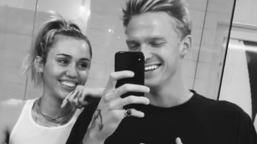 Miley Cyrus und Cody Simpson im November 2019