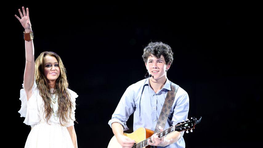 Miley Cyrus und Nick Jonas