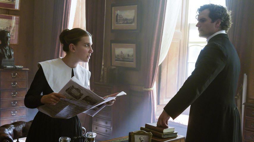 "Millie Bobby Brown und Henry Cavill in ""Enola Holmes"""