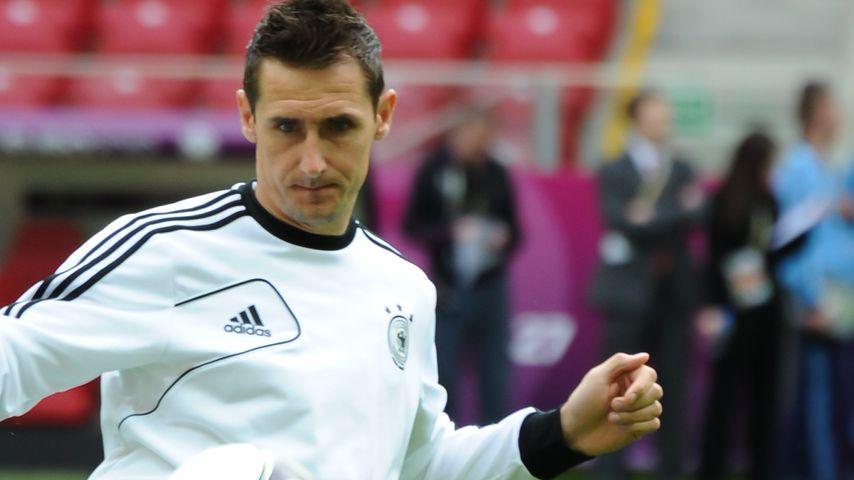 Fair Play: Miroslav Klose verschenkt 1:0-Führung