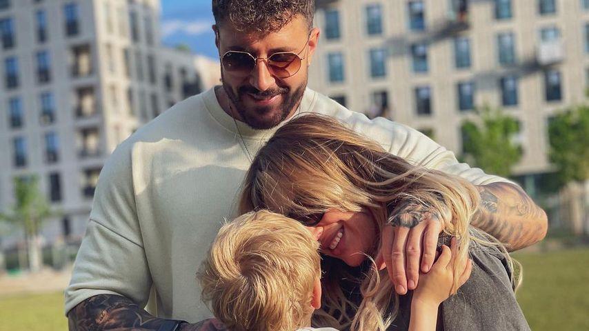 Mischa Mayer mit Samantha Abdul und ihrem Sohn