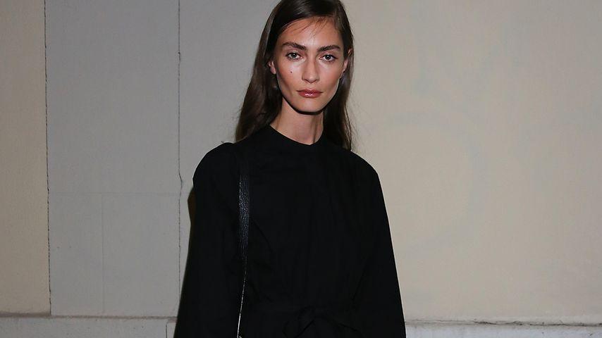 Model Marine Deleeuw bei der Mailand Fashion Week 2016