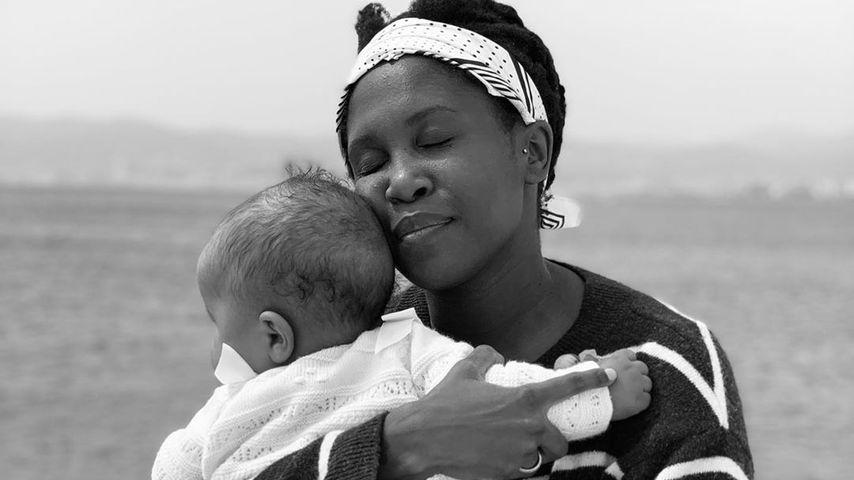 Motsi Mabuse und ihre Tochter im Mai 2019