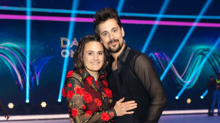 Nadine Angerer mit ihrem Eiskunstlaufpartner David Vincour