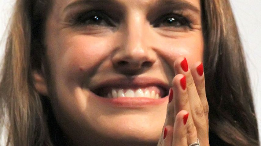 Natalie Portman zeigt ihren funkelnden Ehering