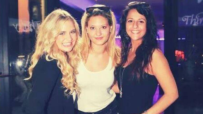 1. Gruppenfoto! Girlband begrüßt Vanessa Krasniqi