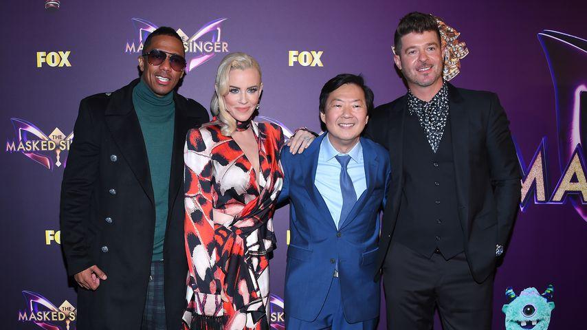 """Nick Cannon, Jenny McCarthy, Ken Jeong und Robin Thicke bei der Premiere von """"The Masked Singer"""""""