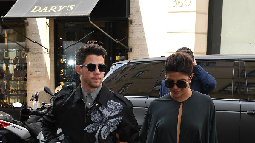 Nick Jonas und Priyanka Chopra im Juli 2019 bei der Pariser Fashion Week