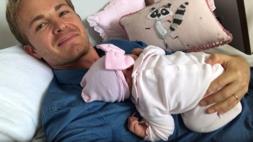 Ist die knuffig! Nico Rosberg zeigt Tochter Naila im Netz!