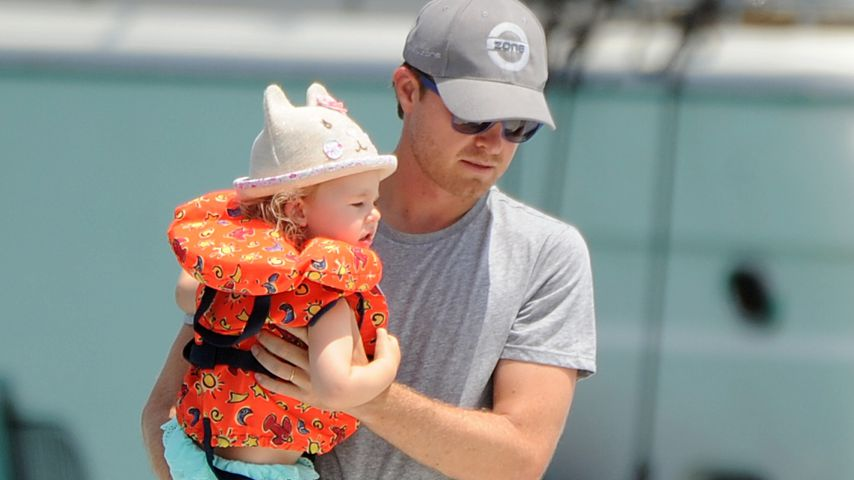 Nico Rosberg mit seiner Tochter Alaïa in Spanien