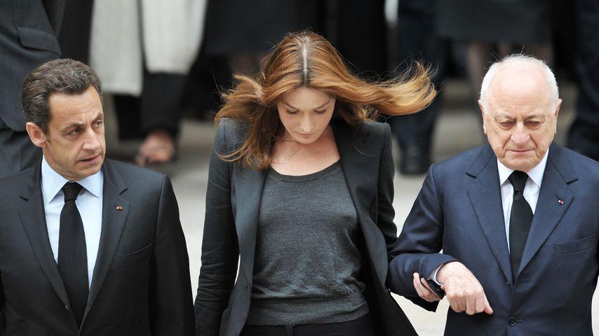 Nicolas Sarkozy, Carla Bruni-Sarkozy und Pierre Bergé bei der Trauerfeier von Yves Saint Laurent