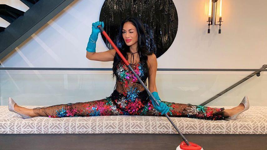 Sexy: So gelenkig macht Nicole Scherzinger Frühjahrsputz