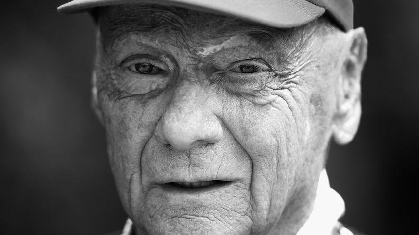 Im Rennanzug und mit Helm: Heute wird Niki Lauda beerdigt!