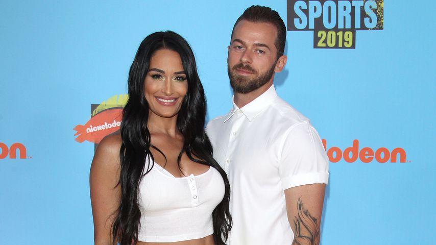 Nikki Bella und ihr Verlobter Artem