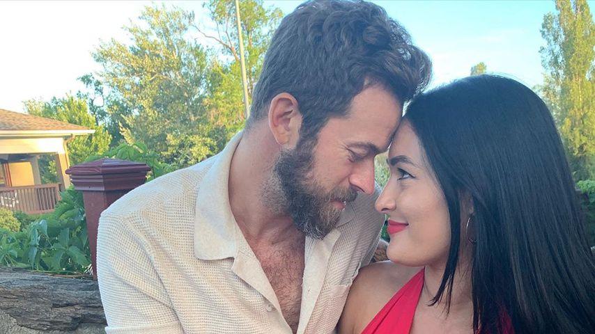 Nach Geburt: Nikki Bella und Artem sind sich näher denn je