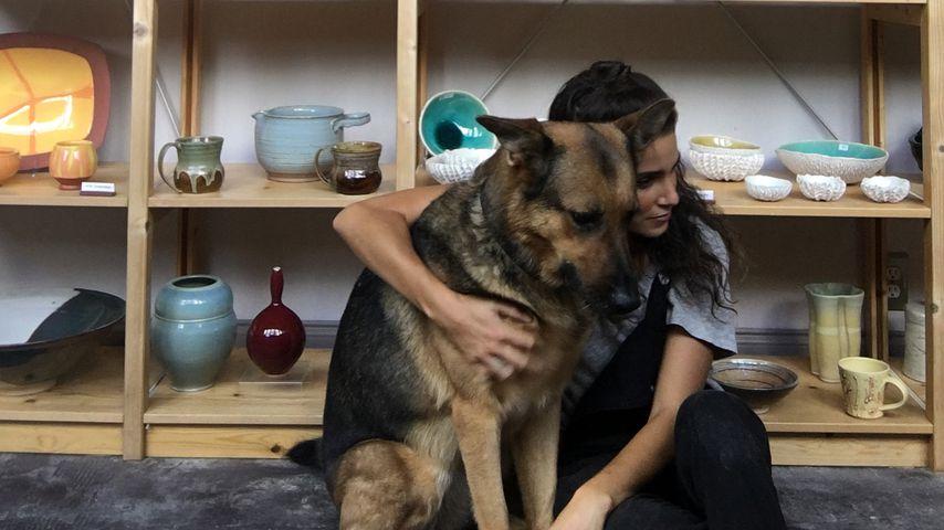 Nikki Reed und ihr Schäferhund Ira