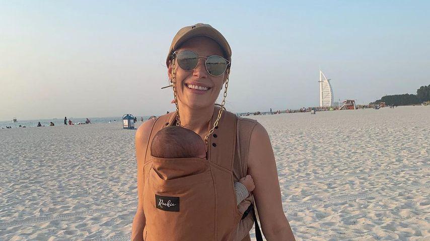 Nina Noel mit ihrem Sohn im Juli 2021 in Dubai