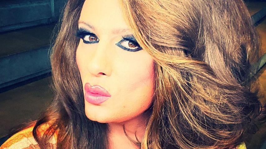 Nina Queer, Sängerin