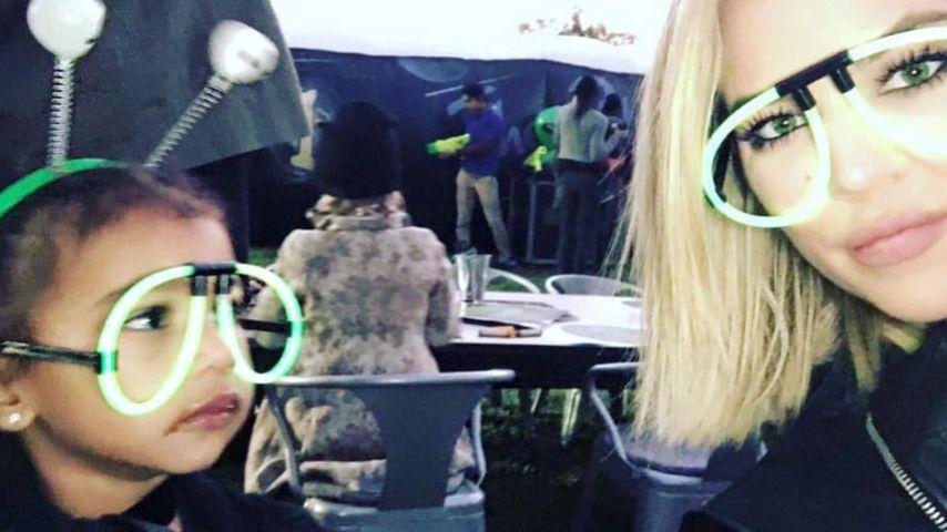 Patentanten-Spaß: North West albert mit Khloe Kardashian rum