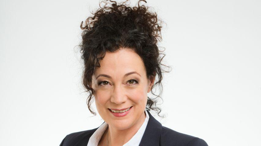 """Barbara Wussow als Hoteldirektorin Hanna Liebhold auf dem ZDF-""""Traumschiff"""""""