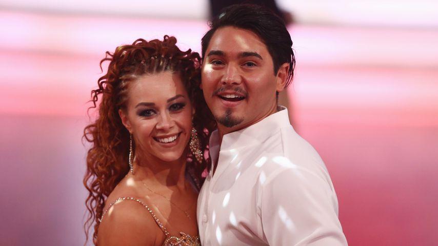 "Oana Nechiti und Erich Klann bei ""Let's Dance"""