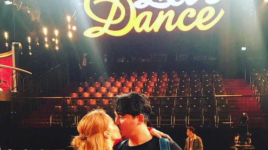 """Oana Nechiti und Erich Klann im """"Let's Dance""""-Studio"""