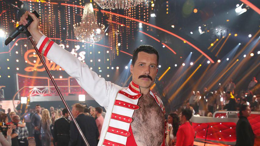 """Oliver Pocher als Freddie Mercury im """"Let's Dance""""-Studio"""