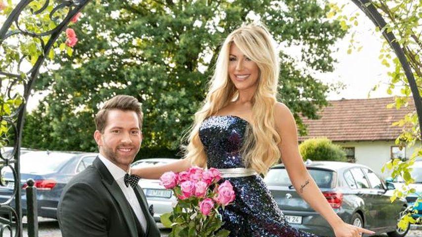 Mysteriöser Kniefall: Heiratsantrag bei Oli Sanne & Vivien?