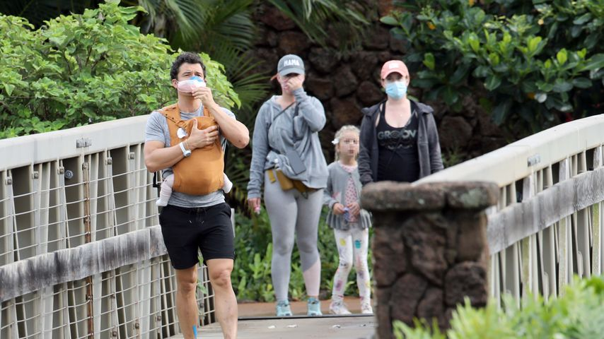 Orlando Bloom und Katy Perry mit ihrem Baby beim Wandern auf Hawaii