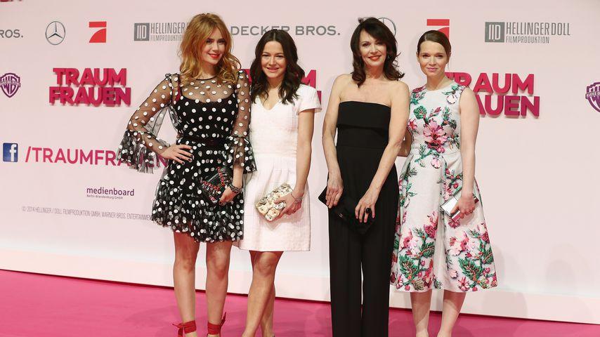 """Palina Rojinski, Hannah Herzsprung, Iris Berben und Karoline Herfurth bei der """"Traumfrauen""""-Premiere"""