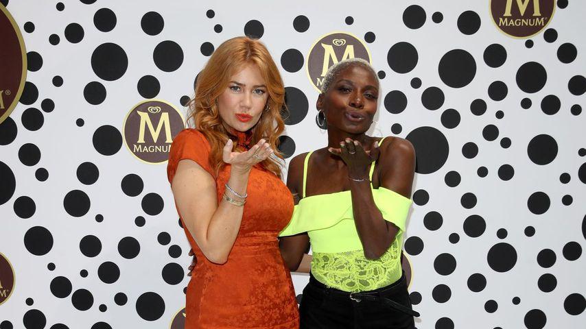"""Palina Rojinski und Nikeata Thompson beim """"Magnum House of Play""""-Event in Berlin"""
