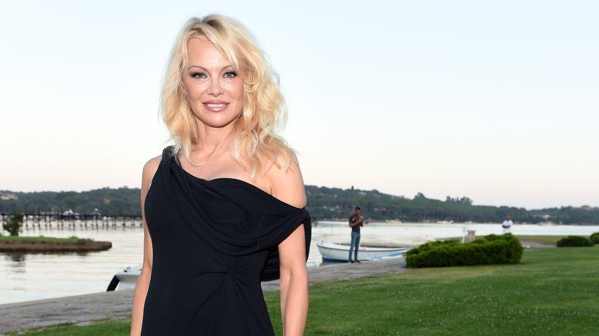 Pamela Anderson bei einem Gala-Dinner