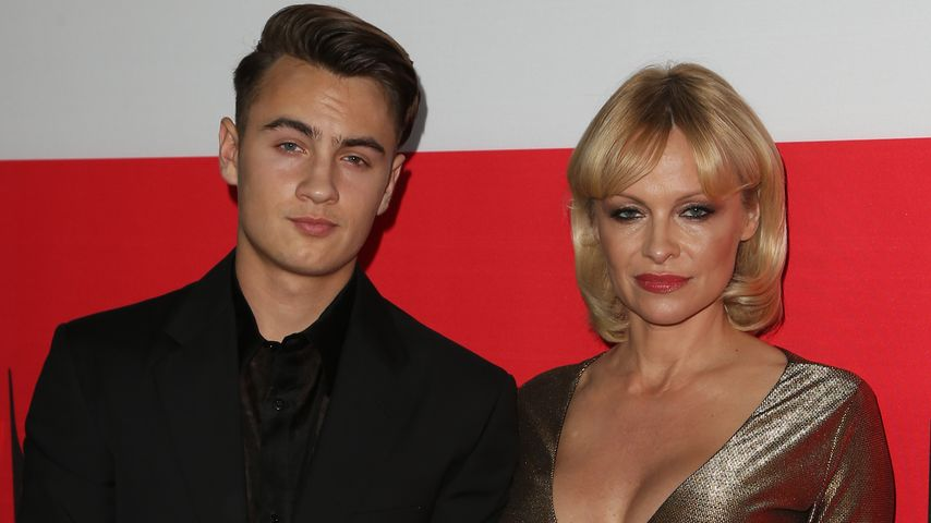 Pamela Anderson und Brandon Thomas Lee