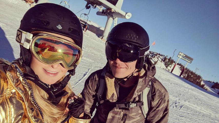 Paris Hilton mit ihrem Verlobten Chris Zylka