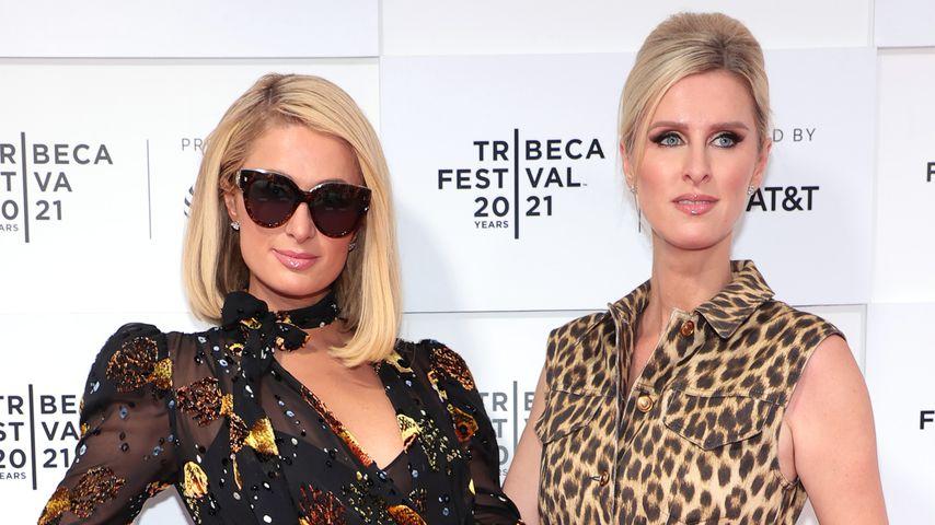 Paris und Nicky Hilton im Juni 2021