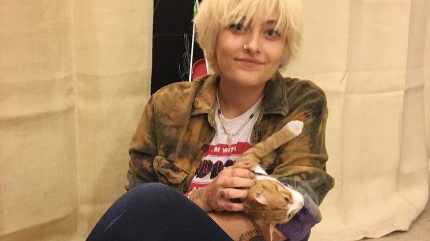 Paris Jackson mit ihrer Katze