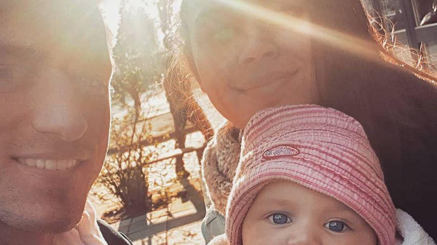 Patrick Fabian und Lea mit ihrem Baby