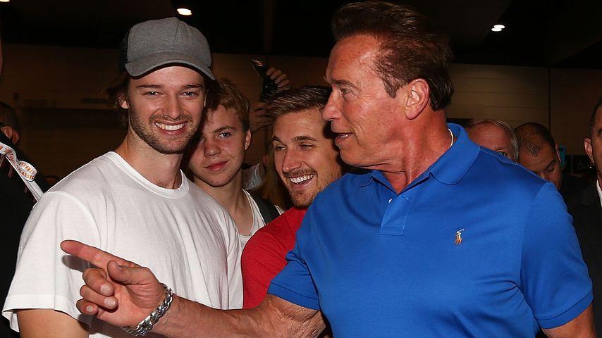 Patrick Schwarzenegger (l.) und sein Vater Arnold Schwarzenegger