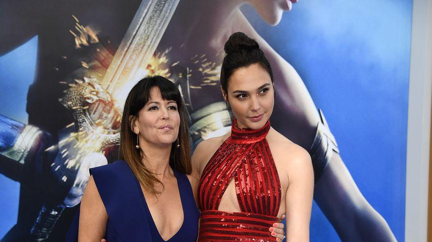 """Patty Jenkins und Gal Gadot bei der """"Wonder Woman""""-Premiere 2017"""