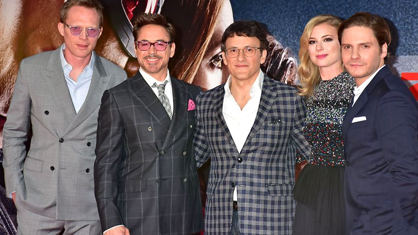 Daniel Brühl, Robert Downey Junior, Emily VanCamp, Anthony Russo und Paul Bettany