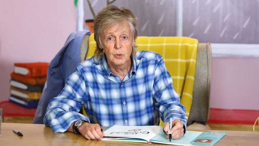 Paul McCartney bei einer Autogrammstunde in London im September 2019