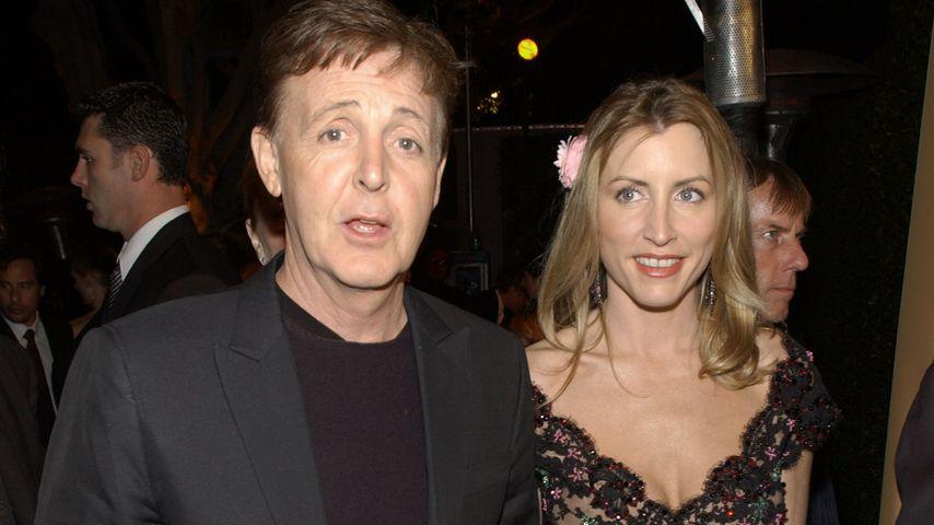 Paul McCartney und Heather Mills im März 2002 auf einer Party in Los Angeles
