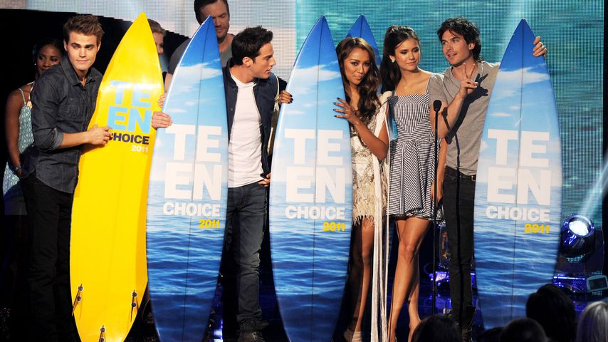 Paul Wesley, Michael Trevino, Kat Graham, Nina Dobrev und Ian Somerhalder bei den Teen Choice Awards