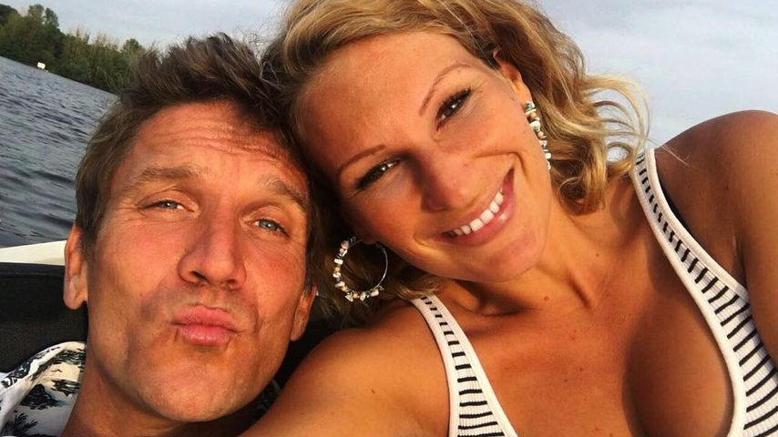 Ritual am Morgen: Janni & Peer sind Hobby-Nacktschwimmer!